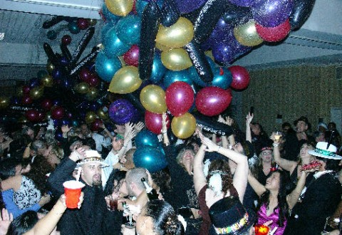 new-years-eve-balloon-drop