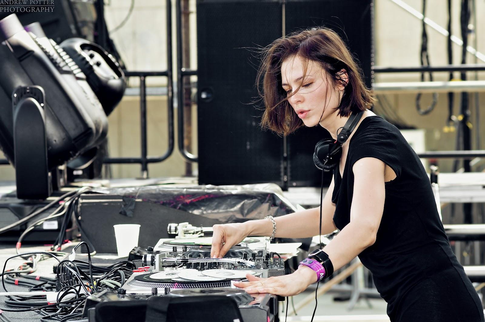 Écoutez le DJ set de Nina Kraviz @ Enter Terrace