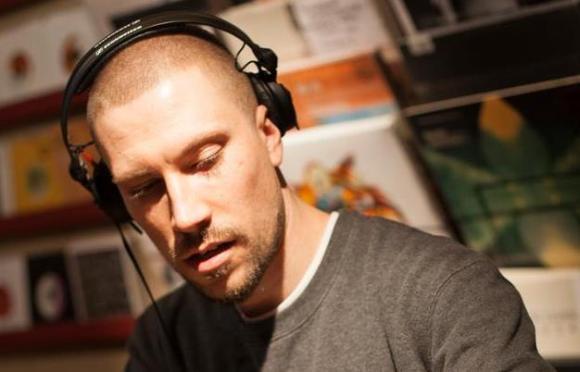 Alexander Nut annonce son départ de Rinse FM