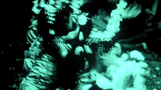 Tite : Un clip sous hallucinogène pour «Snare Roll»